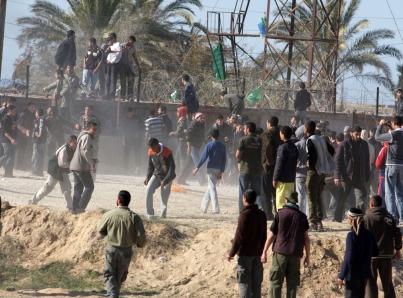 Hamás denuncia que ejército israelí arrestó a decenas de activistas