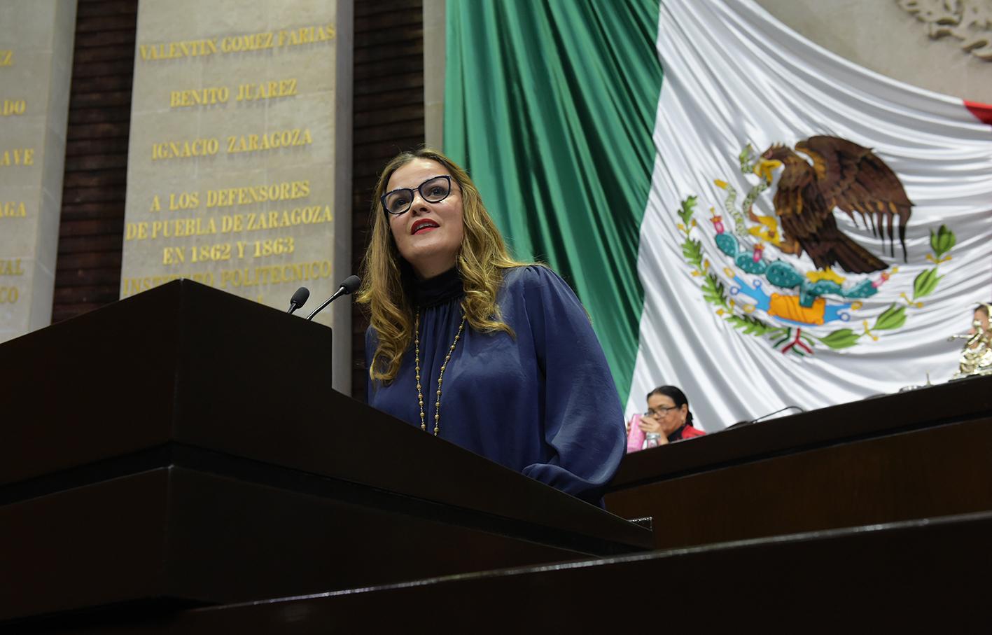 Proponemos garantizar licencia de maternidad y paternidad a padres adoptivos: Cecilia Patrón