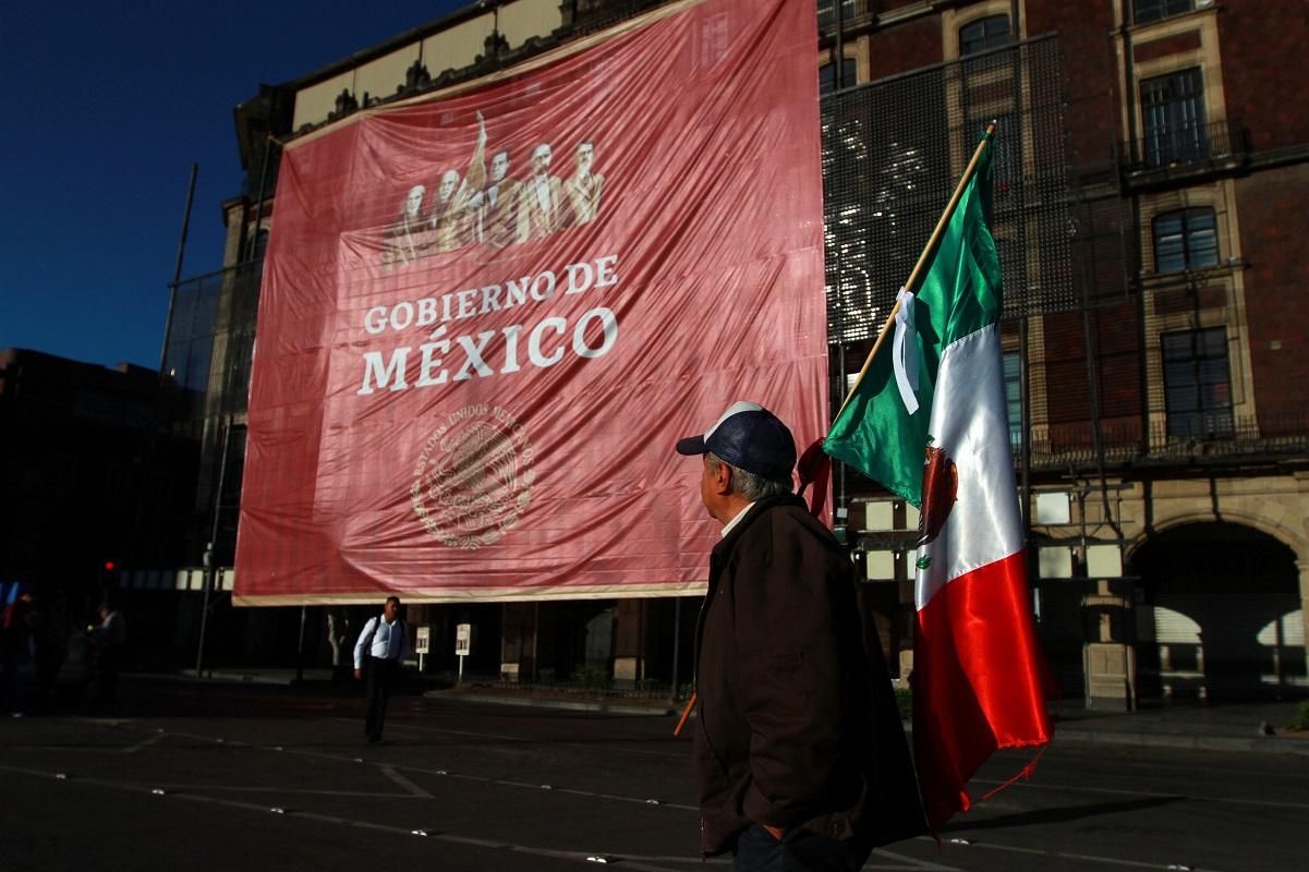 Empiezan a llegar simpatizantes del presidente López Obrador al Zócalo