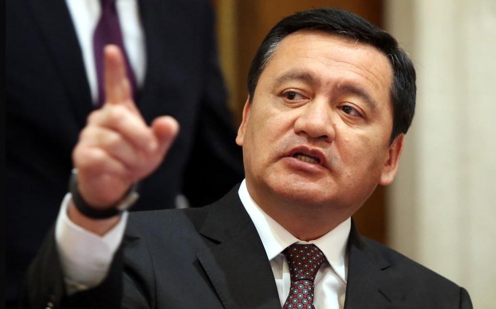 Pide Osorio Chong que gobierno federal investigue con seriedad el caso del fallecimiento de Rafael Moreno Valle y Martha Erika Alonso