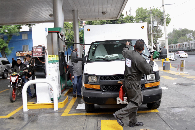 Profeco llama a automovilistas a denunciar abusos en gasolineras