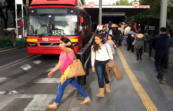 Reforzar seguridad en el Metrobús, urge diputada capitalina