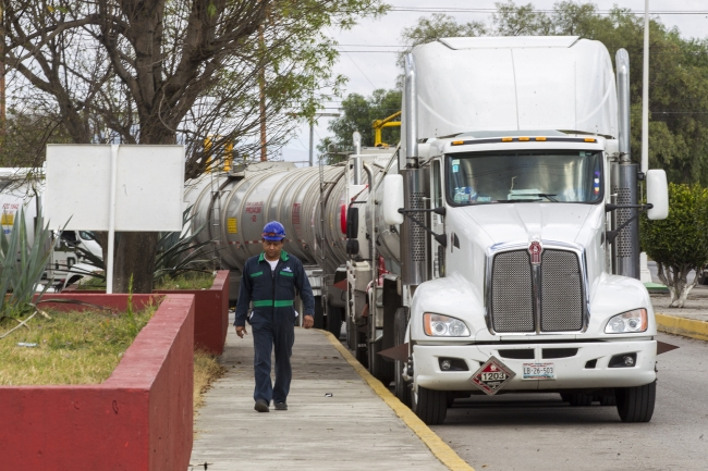 Canacar inicia distribución de combustibles en CDMX y EDOMEX