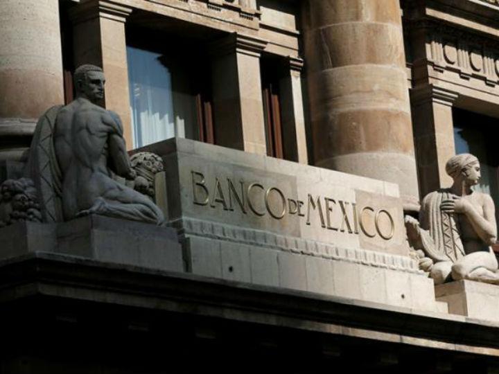 Balance de riesgos para inflación, con sesgo al alza: Banxico