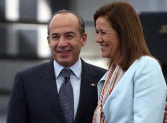 """Felipe Calderón y Margarita Zavala registran ante el INE a """"México Libre"""", un nuevo partido político"""