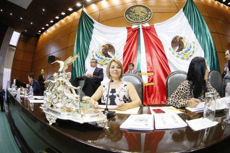 Pide PAN respetar los derechos laborales de los trabajadores de la Administración Pública