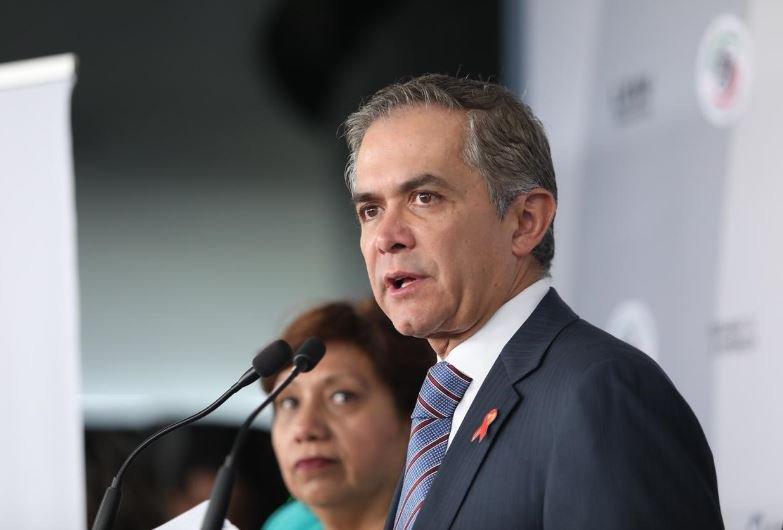 """Mancera rechaza que su gobierno """"maquillara"""" cifras de delitos"""