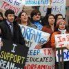 Corte Suprema de EUA permite vigencia del programa para dreamers