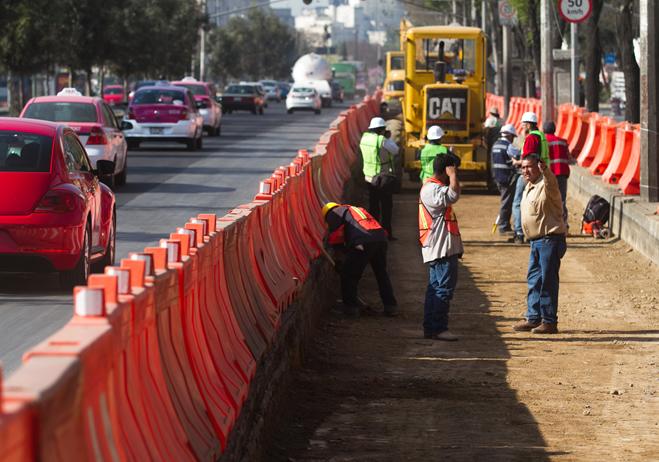 Obras de construcción de la Línea 5 del Metrobús se realizan en Eje 3 Oriente