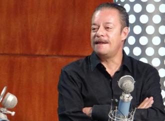 Héctor Gandini iría a Comunicación Social del IMSS