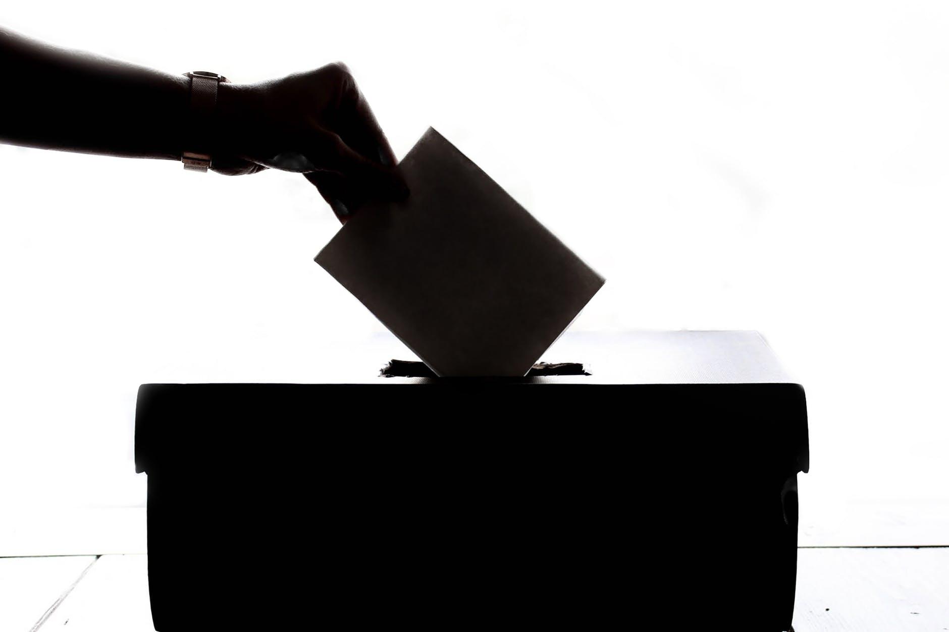 Jóvenes, con poca participación en temas electorales