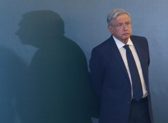 """""""La mayoría me respalda y no permitirán un golpe de Estado"""": AMLO"""