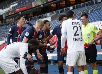 Neymar es suspendido dos partidos