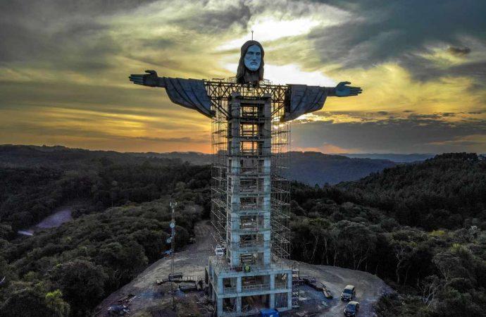 'Cristo Protector', la nueva estatua en Brasil que supera al Redentor de Río