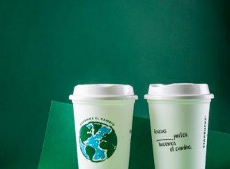 Starbucks conmemora el Día de la Tierra con vasos reusables y opciones amigables con el planeta