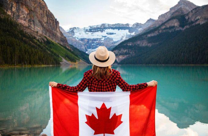 Canadá impulsa la migración educativa y garantiza la vacunación anti-Covid para estudiantes extranjeros